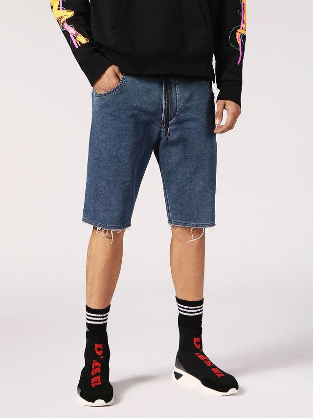 Diesel - KROOSHORT W JOGGJEANS, Blue Jeans - Shorts - Image 4
