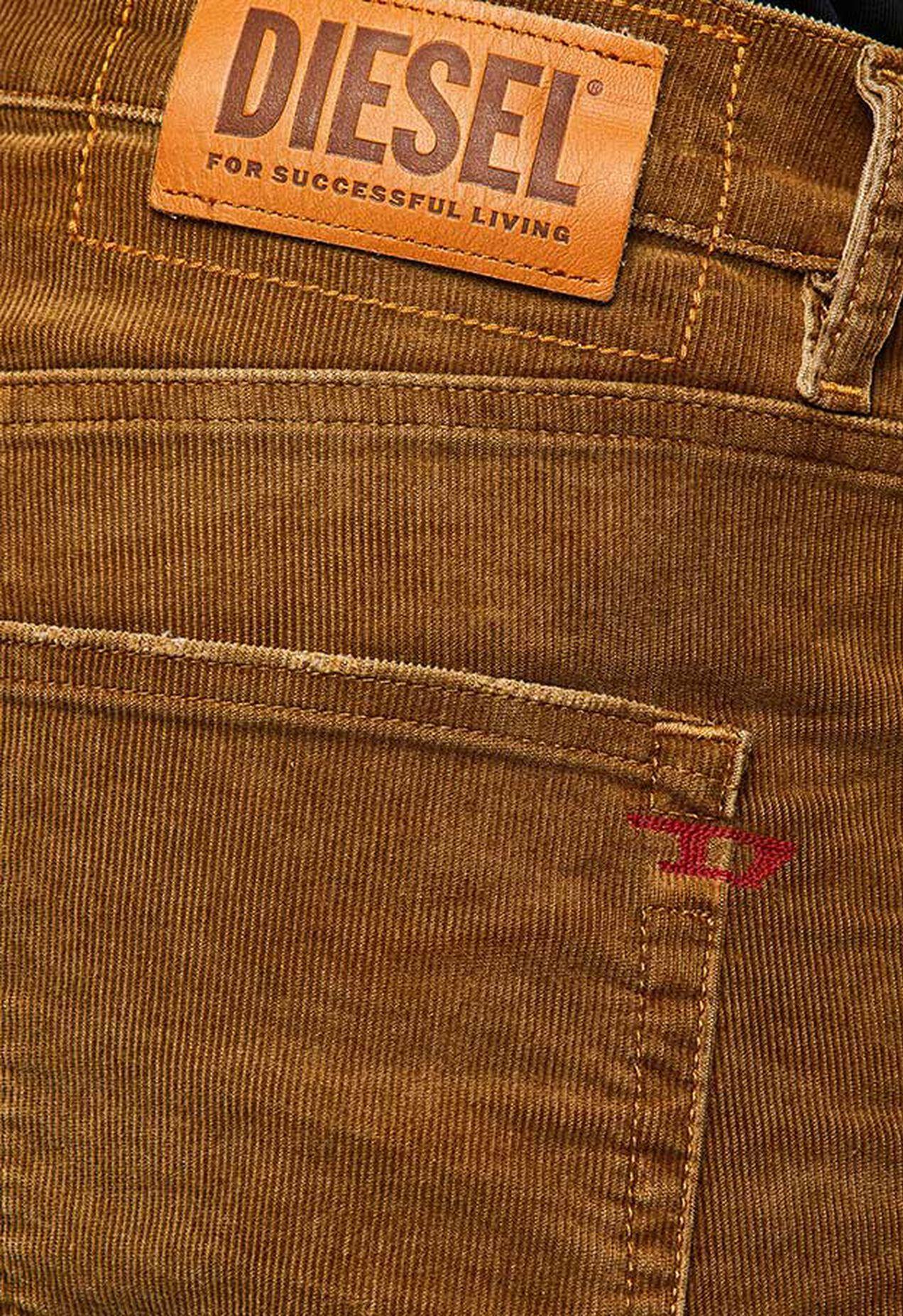 D-Strukt 069PT, Vert Militaire - Jeans