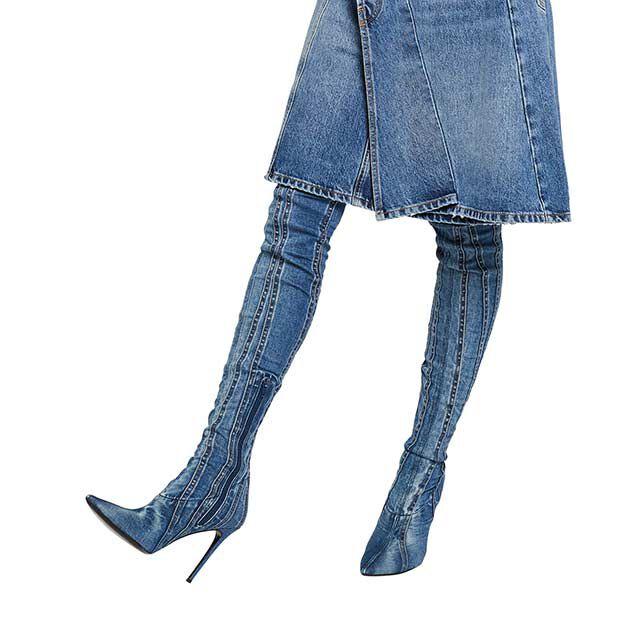 "<div class=""module-8__title""><div class=""pd-heading__container"">             <h3 class=""pd-heading pd-h3-style pd-text-align-left pd-heading-small""  style='' >          Women's Shoes     </h3> </div><div class=""pd-icon"">                                        <style>             #icon-arrow-cta-4a5a3ea2233f642e4a57089657{                 fill:;             }             </style>                  <svg id=""icon-arrow-cta-4a5a3ea2233f642e4a57089657"" class=""icon-arrow-cta"">             <use xlink:href=""/on/demandware.static/Sites-DieselCA-Site/-/default/dw95145476/imgs/sprite.svg#arrow-cta""/>         </svg>         </div></div>"