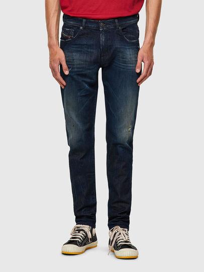 Diesel - D-Strukt JoggJeans® 09B50, Bleu Foncé - Jeans - Image 1
