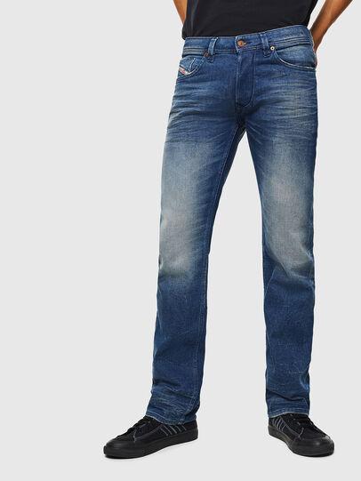 Diesel - Larkee 0090D, Bleu moyen - Jeans - Image 1