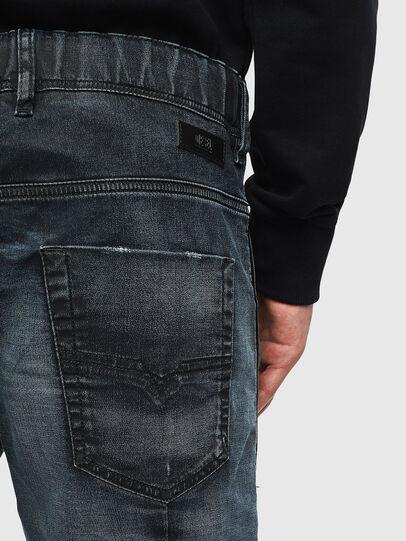 Diesel - D-KROOSHORT JOGGJEANS, Bleu Foncé - Shorts - Image 7