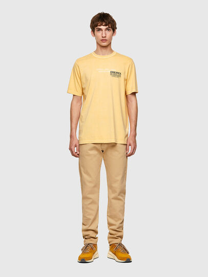 Diesel - T-JUBINDY-B1, Jaune - T-Shirts - Image 4