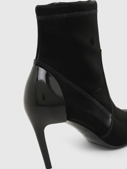 Diesel - D-SLANTY MABZC, Black - Ankle Boots - Image 4