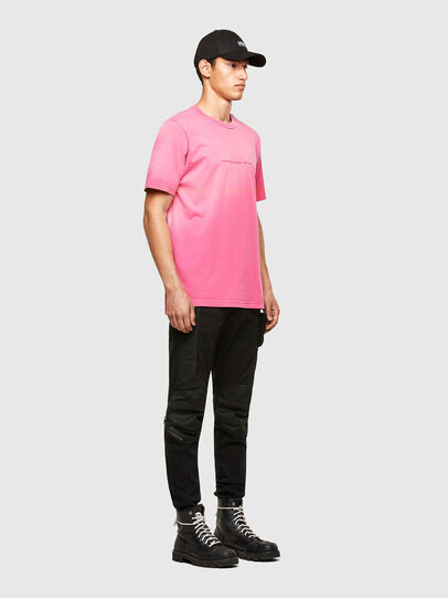 Diesel - T-JUBIND-SLITS-A1, Rose - T-Shirts - Image 4