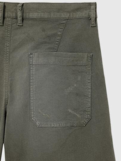 Diesel - D-AZERR-SHORT JOGGJEANS, Vert Militaire - Shorts - Image 3