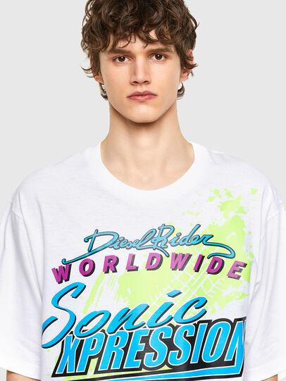 Diesel - T-DELPHONE, Blanc - T-Shirts - Image 3