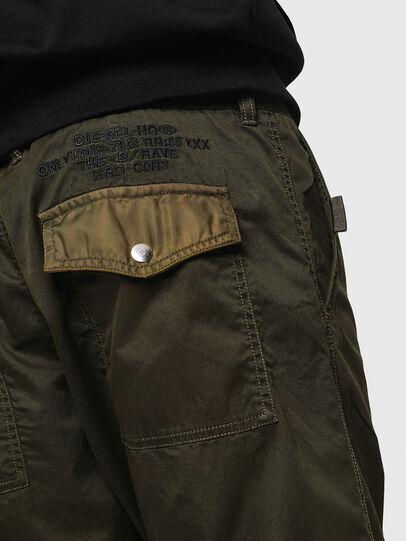 Diesel - P-CASHORT, Vert Militaire - Pantalons - Image 5
