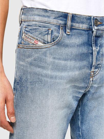 Diesel - D-Kras 009VW, Bleu Clair - Jeans - Image 3