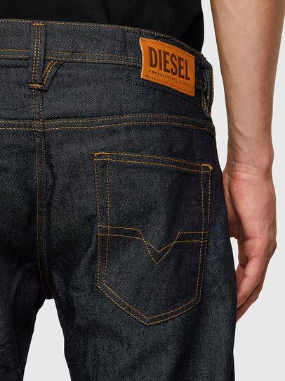 Diesel - Larkee 009HF, Bleu Foncé - Jeans - Image 4