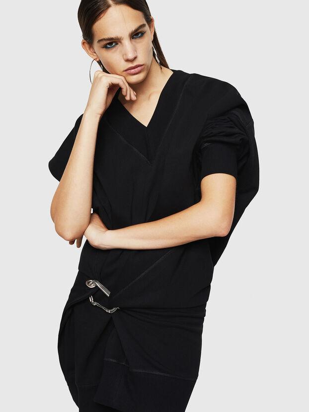 D-KESAR-A, Noir - Robes