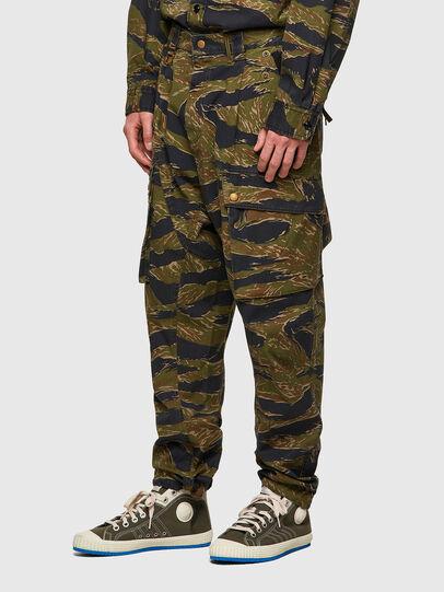 Diesel - P-BARTON, Vert Militaire - Pantalons - Image 5