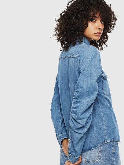 Diesel - DE-RINGY-R, Bleu Clair - Chemises en Denim - Image 2