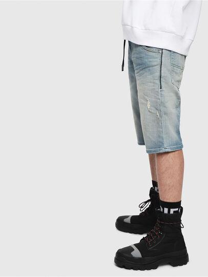 Diesel - D-KROOSHORT-T, Bleu Clair - Shorts - Image 3