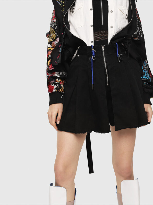 S-EDEN, Black - Shorts