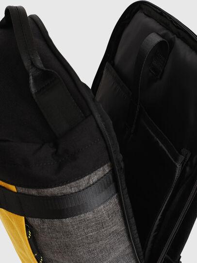 Diesel - PIEVE, Noir/Jaune - Sacs à dos - Image 5