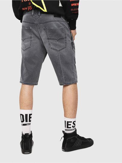 Diesel - D-KROOSHORT JOGGJEANS, Noir/Gris foncé - Shorts - Image 2