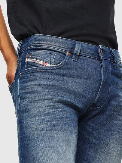 Diesel - Larkee 0090D, Bleu moyen - Jeans - Image 3