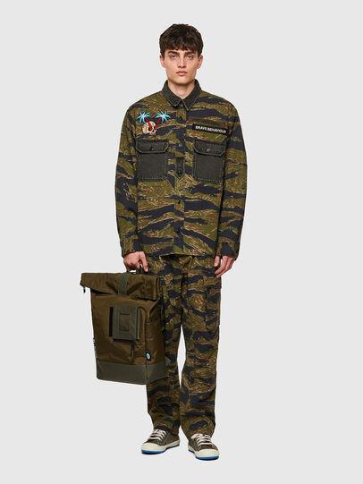 Diesel - S-BUNNELL-CMF, Vert Militaire - Chemises - Image 5