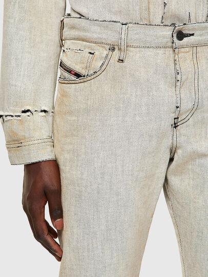 Diesel - D-Kras 09A53, Blanc - Jeans - Image 5